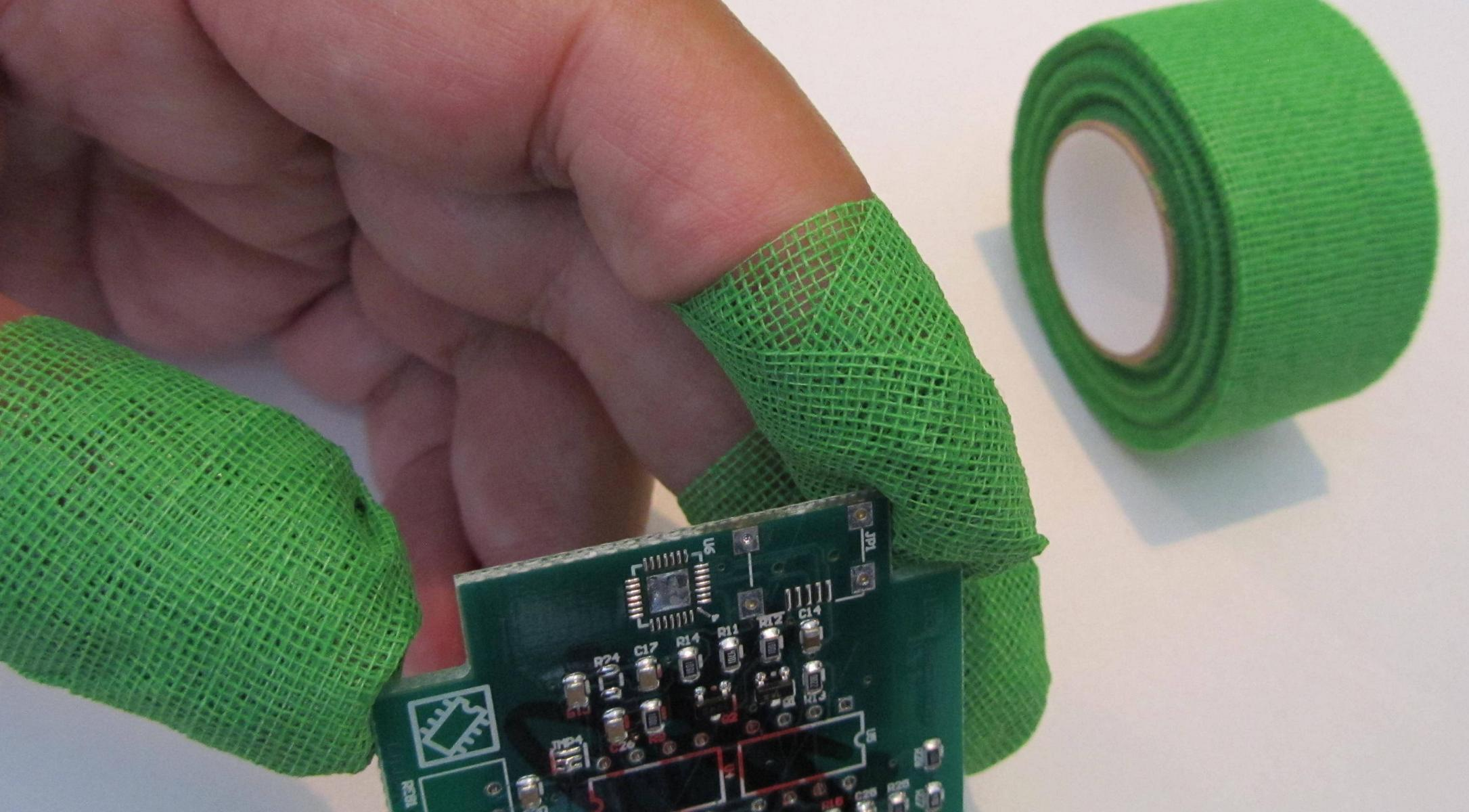 poly-TEXBAND: Hand- und Fingerschutz in der Elektronik und Fertigungsindustrie