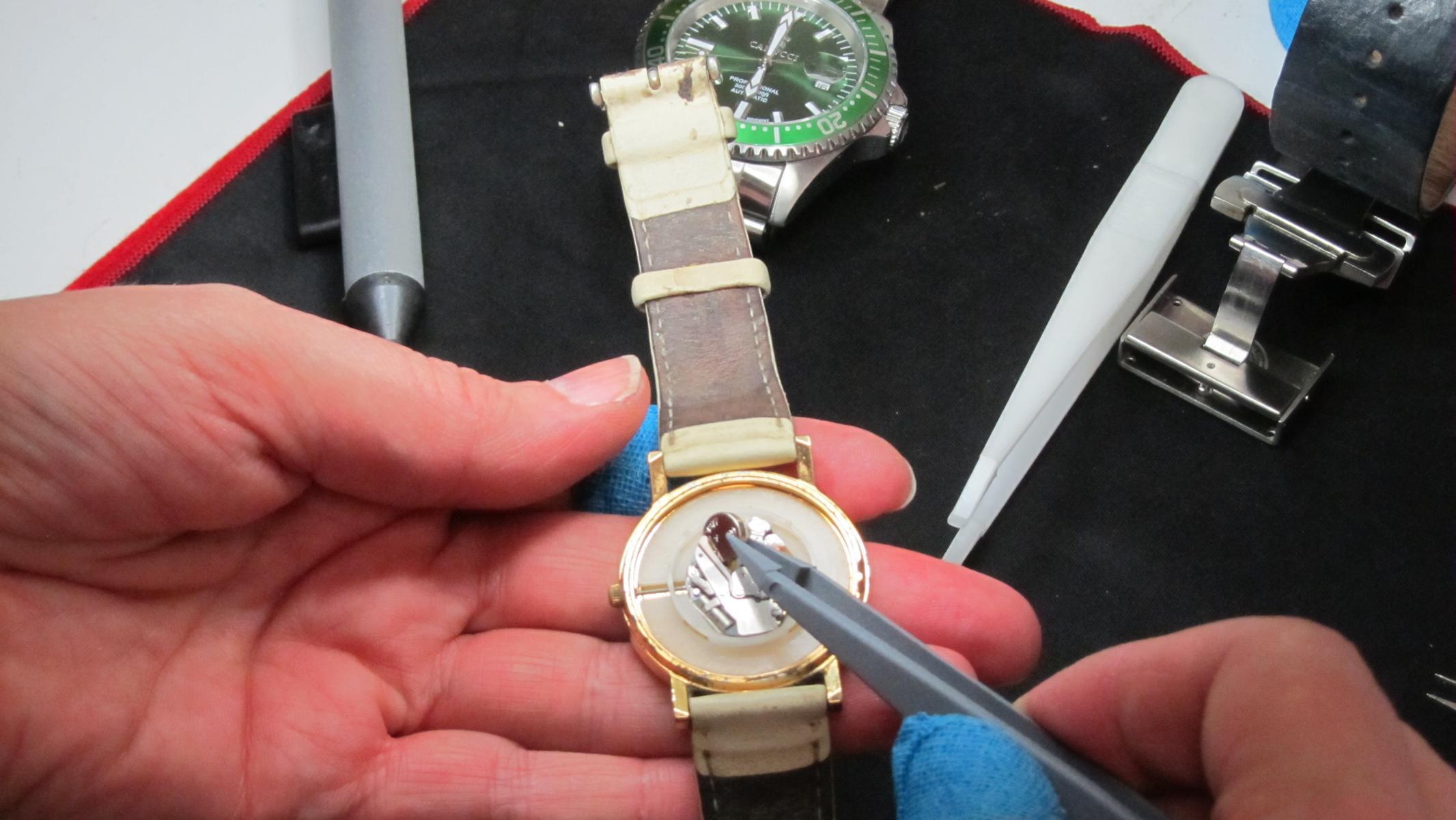 poly-TEXBAND: Hand- und Fingerschutz in der Schmuckindustrie
