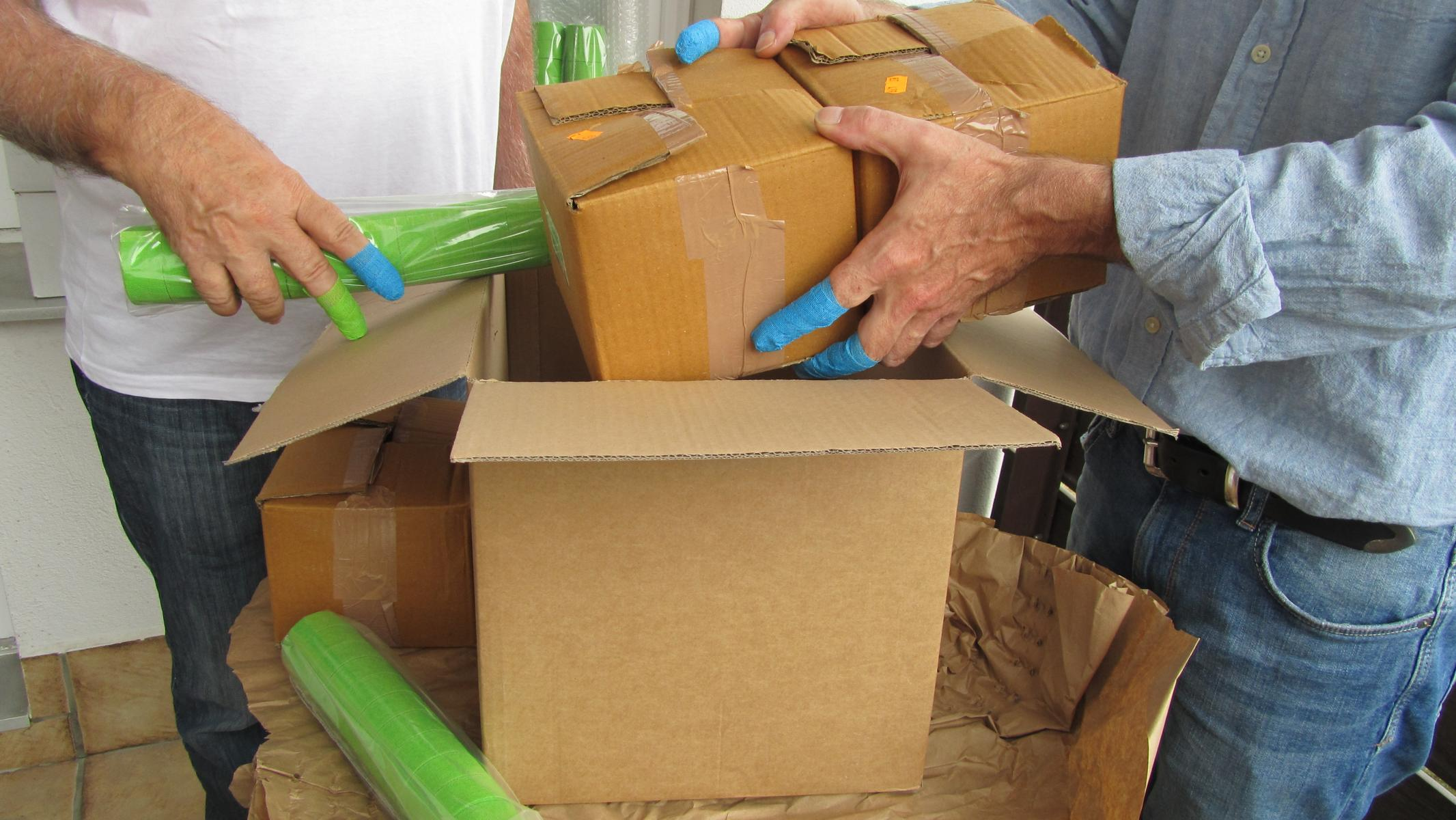 poly-TEXBAND: Hand- und Fingerschutz in der Verpackungsindustrie